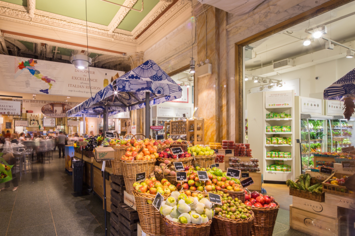 Eataly emphasizes the retail component (New York City location pictured), where guests can purchase wine, beer and ingredients to recreate menu items at home.