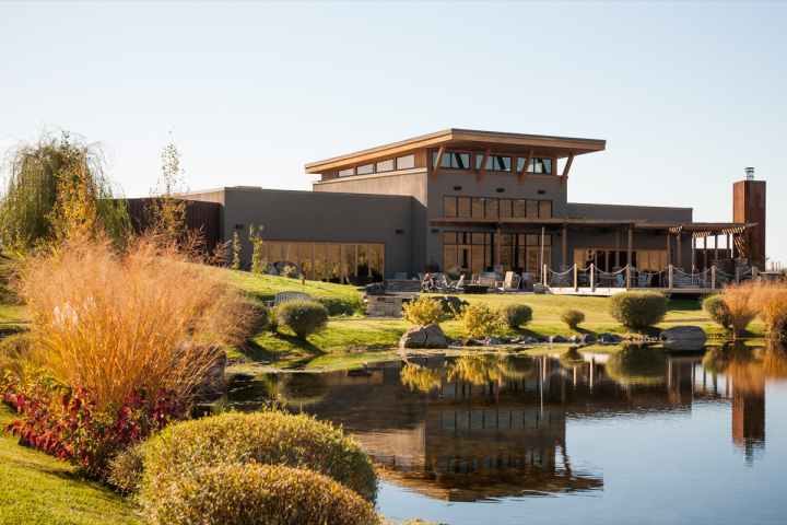 Washington houses more than 850 wineries, compared to just 20 a few decades ago. The state's winemaking tradition has blossomed, bolstered by increasing quality and Washington's unique terroir (Precept Wine–owned Waterbrook tasting room in Walla Walla pictured).