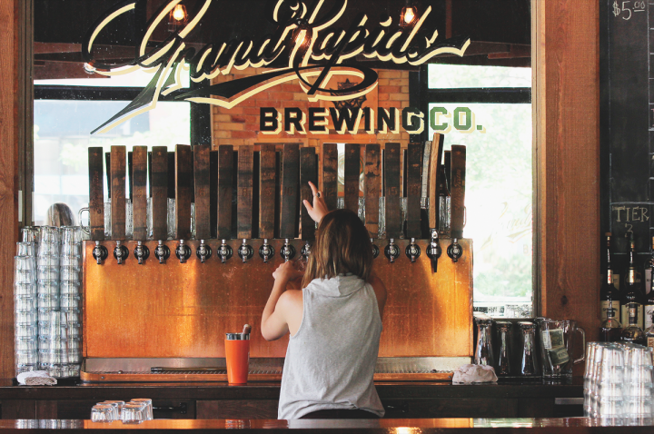 BarFly revived Grand Rapids Brewing Co., which operated from 1893 through Prohibition, in 2012. The venue is the first certified organic brewery in Michigan and offers 16 house-made beers.