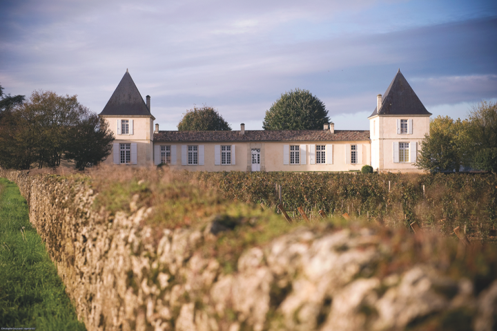 Located in Barsac, Château Climens produces Sauternes wines that score well and offer value to new drinkers.