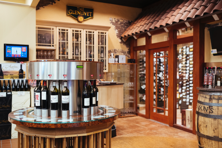Julio's shoppers can sample a number of wines via Enomatic machines, and numerous events give them the opportunity to try food pairings.
