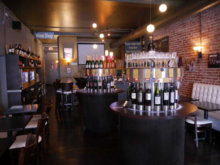 Splash Wine Lounge and Bistro in San Diego features 72 different wines via its Enomatic machines. The venue focuses on boutique offerings and also features expensive labels that guests might not otherwise get to try.