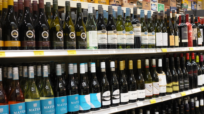 Sauvignon Blanc drives sales for New Zealand wine at the retail level. At Sparrow Wine & Liquor Co. (shelves pictured), Kim Crawford, Oyster Bay, and Matua lead the charge.