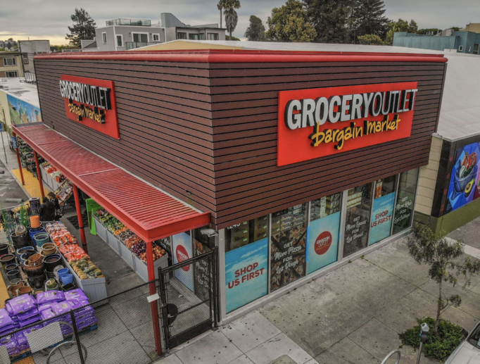 Grocery Outlet (San Francisco store exterior pictured) opened 31 new stores last year, and total net sales growth grew 11.9% to $2.56 billion.