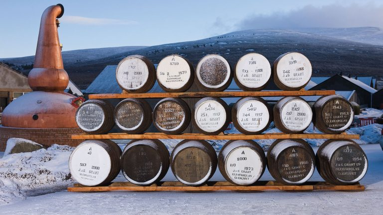 How Casks Contribute to Scotch's Flavor