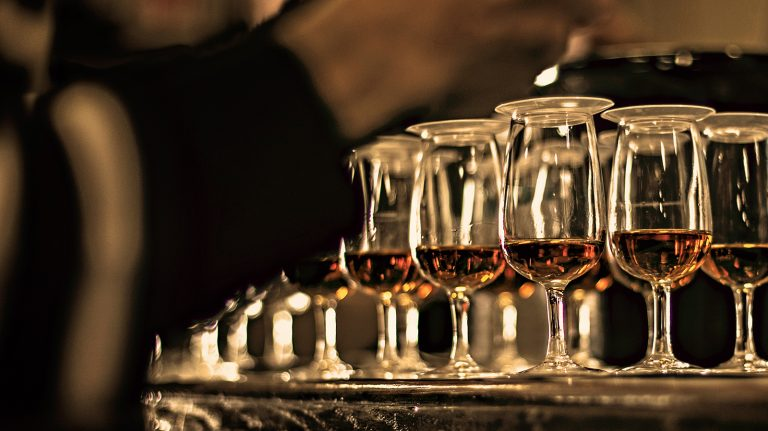 How to Enjoy Whisky