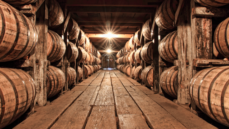Buffalo Trace Experiments With 300 Year Old Oak