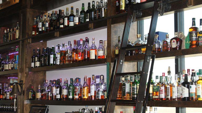 Best Whisky Bars in Ankeny, Iowa