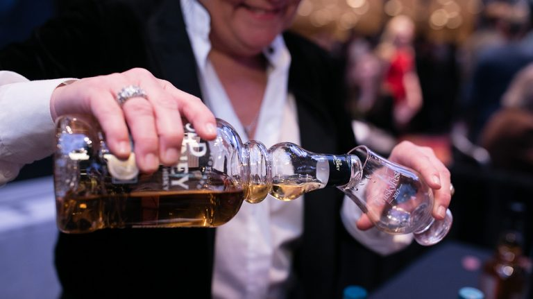5 Must-Try Scotches at WhiskyFest Chicago 2018