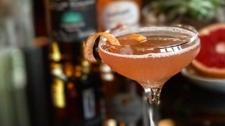 Sombrero Rosado [Cocktail Recipe]