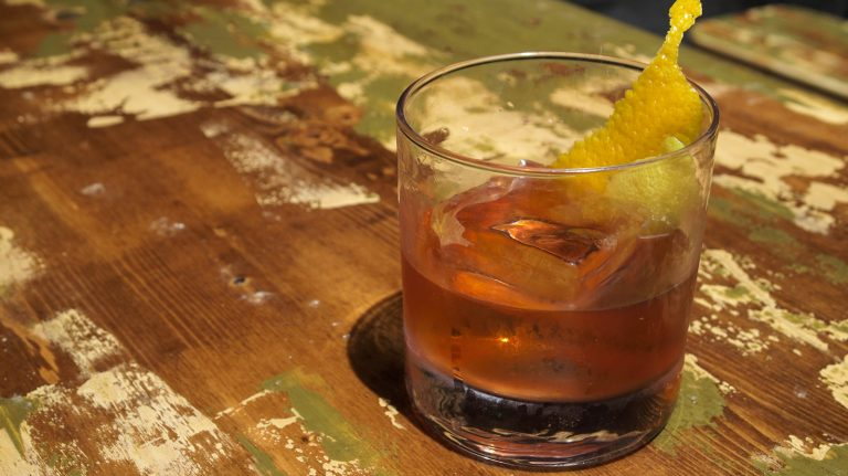 How to Make an Old Fashioned [Video]