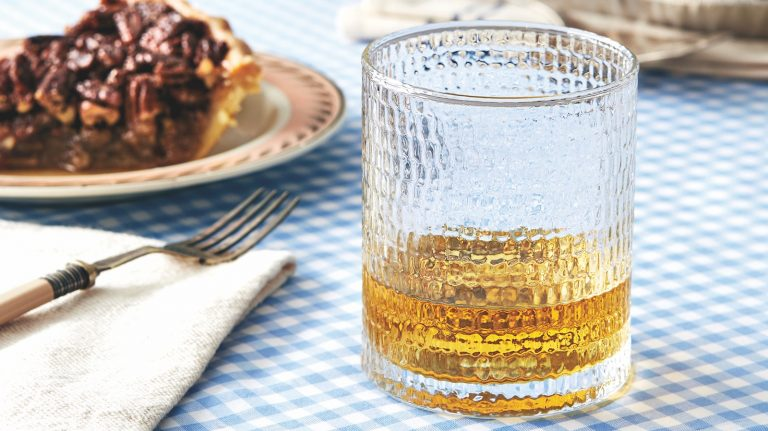 How to Pair Whisky and Pie