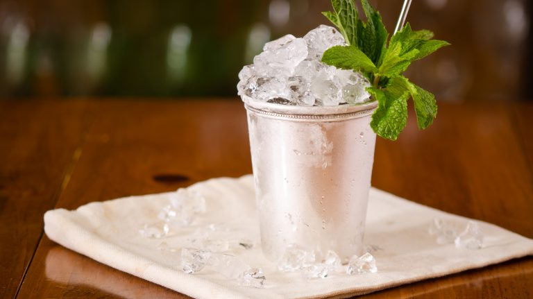 Essential Whiskey Cocktail: Mint Julep