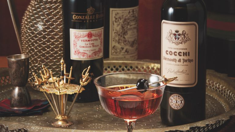 4 Foolproof Whisky and Sweet Vermouth Cocktail Recipes