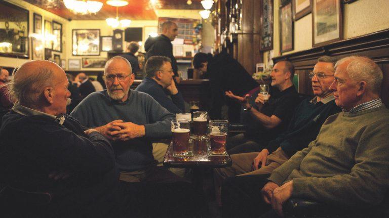 The Whisky Lover's Edinburgh Travel Guide
