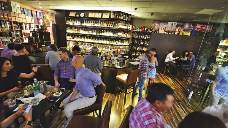 Singapore Is an Ultramodern Paradise for Whisky Lovers