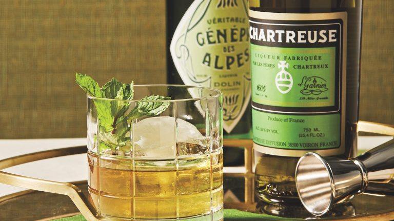 4 Foolproof Whisky and Chartreuse Cocktails