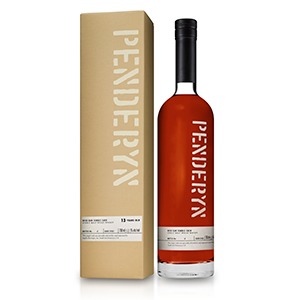 penderyn 13 year old rich oak single cask number D1062 welsh single malt bottle with carton