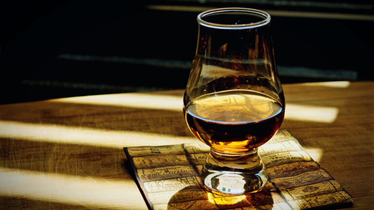 Compass Box Menagerie, Woodford Reserve Batch Proof & More [New Releases]
