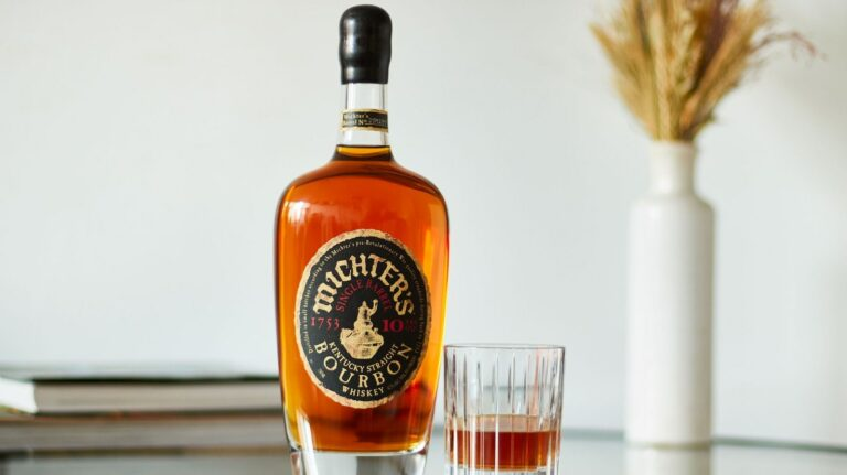 Michter's 10 year old bourbon, Evan Williams Square 6, & More [New Releases]
