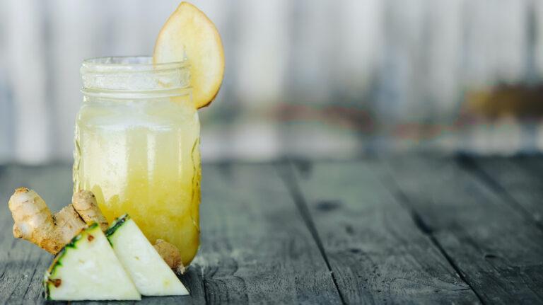 Palm Beach Whiskey Spritz [Cocktail Recipe]