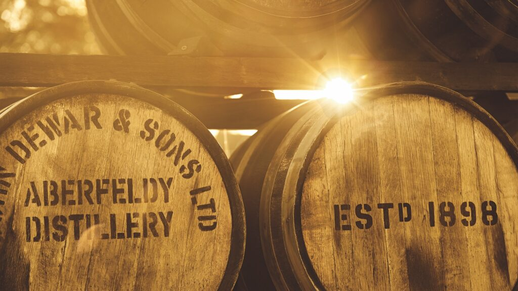 Aberfeldy Dewars barrels